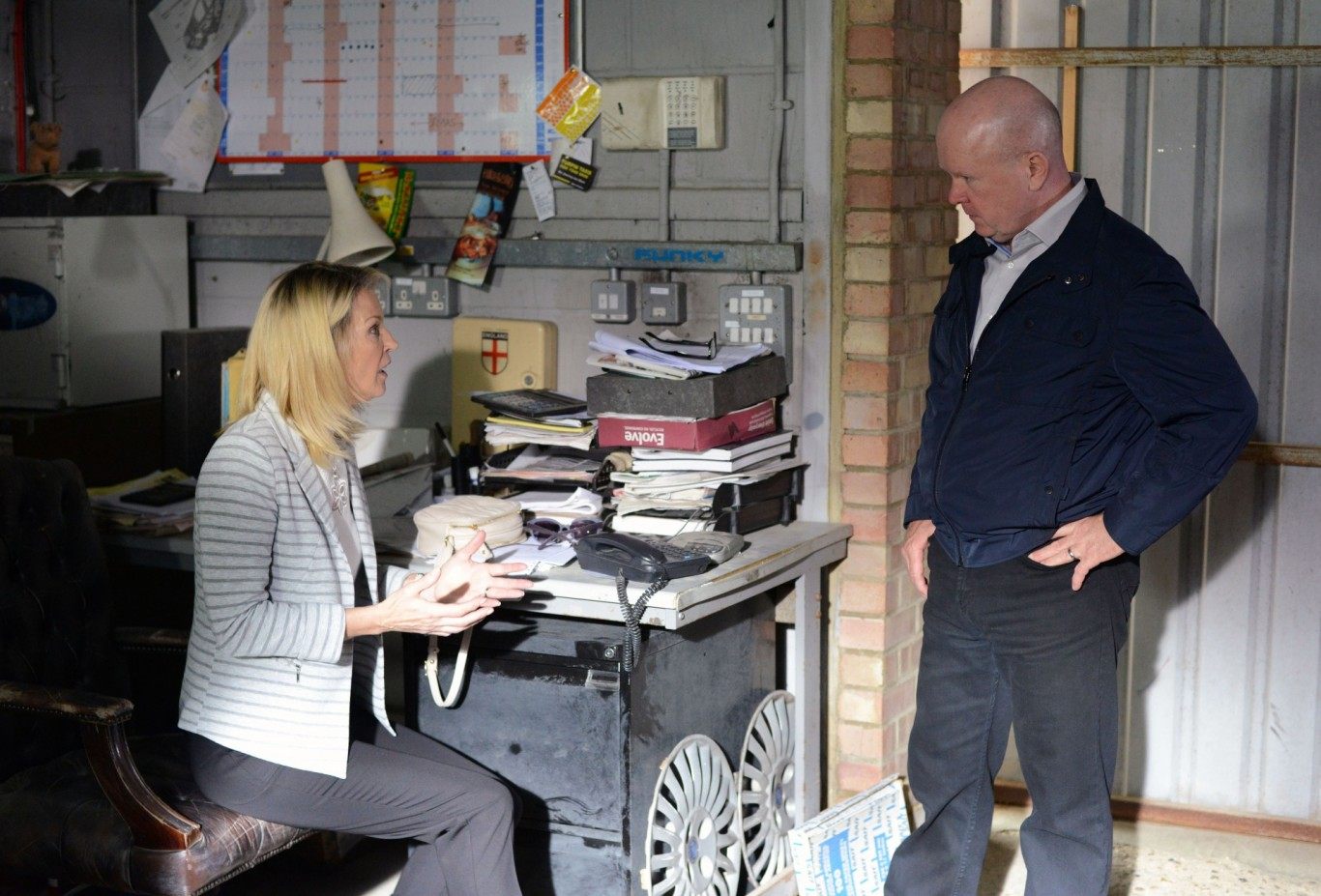 Gillian Taylforth and Steve McFadden in EastEnders