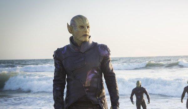 Skrulls arrive on the beach in Captain Marvel