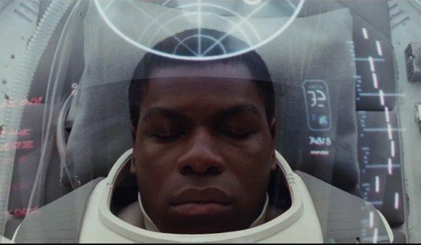john boyega Finn recovering the force awakens
