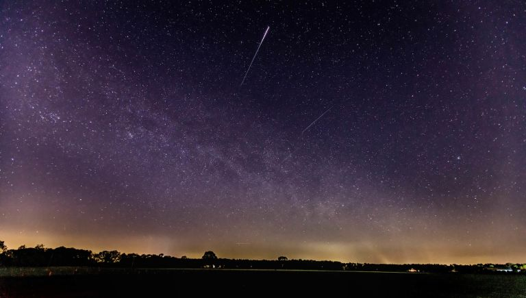 astronomy events: meteor shower