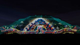 Christie, Cocolab Light Up Mexico's Teotihuacan Pyramids