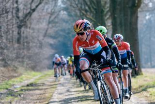 Christine Majerus leads the peloton on Dalakersweg at Ronde van Drenthe