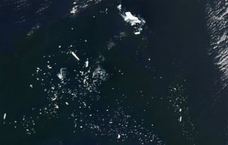 icebergs, iceberg b-15j, iceberg b-15, antarctica icebergs, iceberg calving, nasa satellite ice images, antarctic icebergs