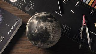 AstroReality LUNAR Pro Smart Moon Globe