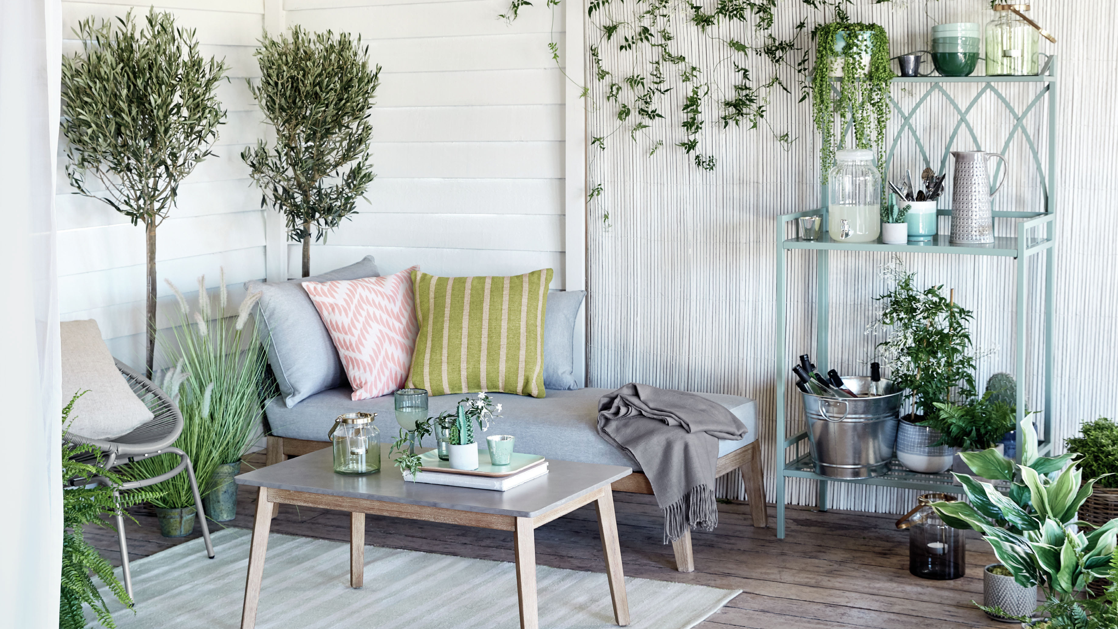 Looking For Garden Dining Furniture Get These Pieces From M S On Your Ping List Real Homes