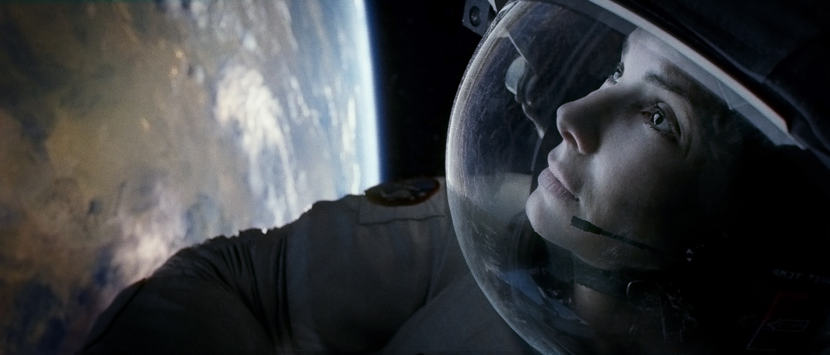In 'Gravity,' Sandra Bullock Gives Space a Human Heart, Finally