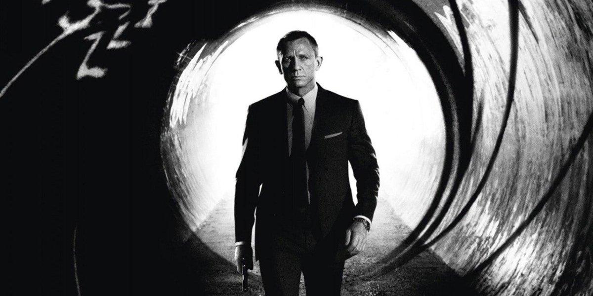 Skyfall Bond stands in a gunbarrel