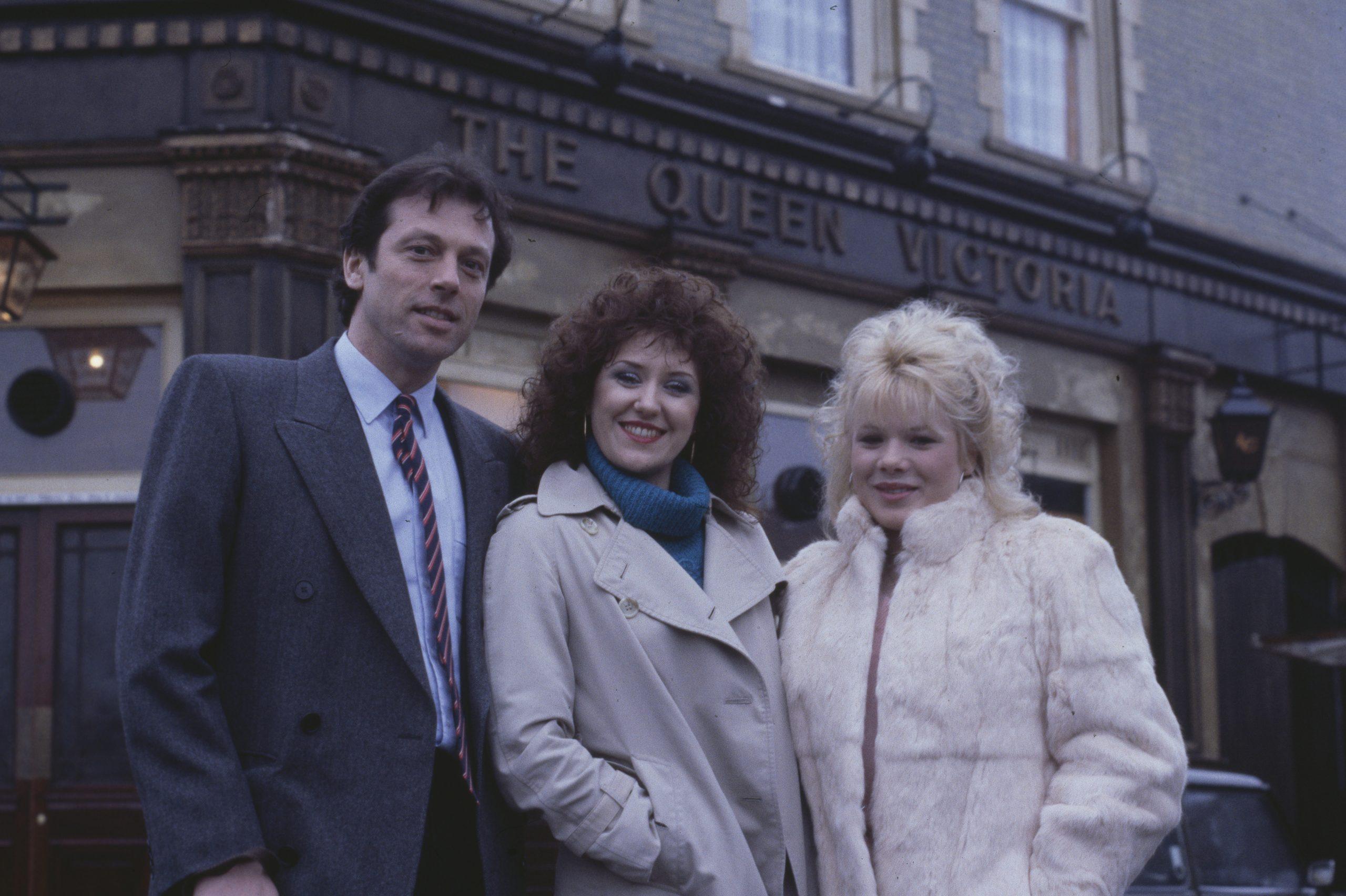 Letitia Dean y Anita Dobson Sharon y Angie EastEnders