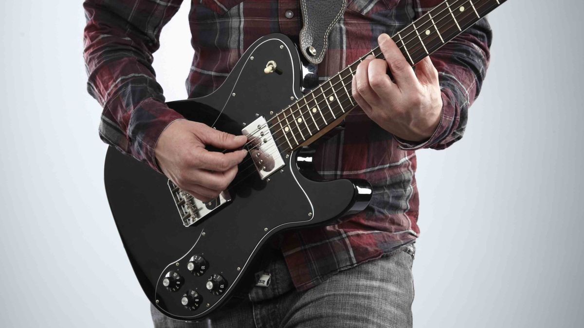 Guitar basics: learn to play powerchords