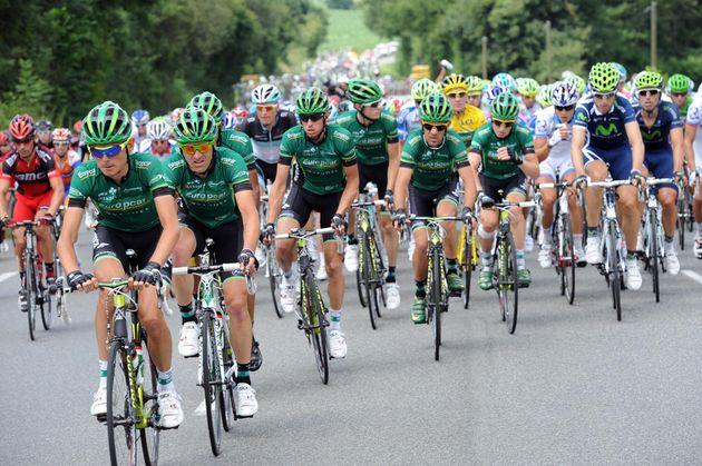 Europcar chase for race leader Voeckler, Tour de France 2011, stage 13