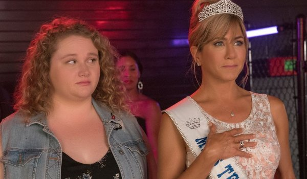 Dumplin' and her mother watching the pageant off stage