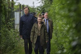 Ian St Clair (David Morrissey), Julie Jackson (Leslie Manville) and Kevin Salisbury (Robert Glenister) must try to come together and solve the chilling murders