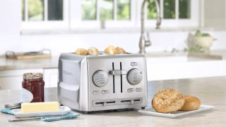 Best toasters 2021: Top-rated two-slice toasters and four-slice toasters
