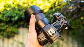 Samyang AF 14mm F2.8 RF: Canon EOS R's first (and widest!) third-party AF lens