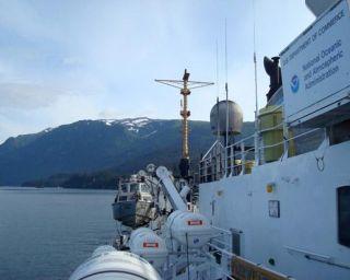 noaa-vessel-fairweather-arctic-110711