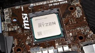Ryzen 5 2400G APU in socket