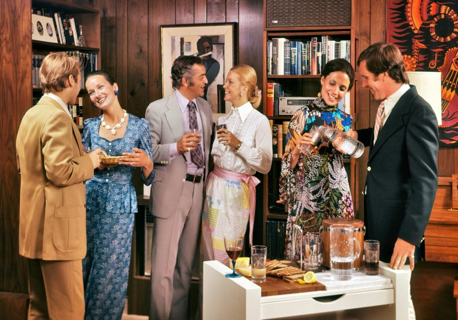 1970s drinks party