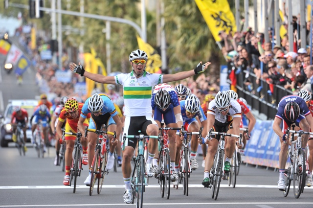 Michael Matthews wins, World Championships 2010, under-23 men road race