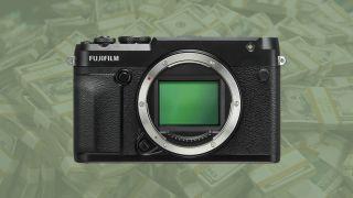 Fantastic Fujifilm GFX 50R saving:$500 off this medium format powerhouse!