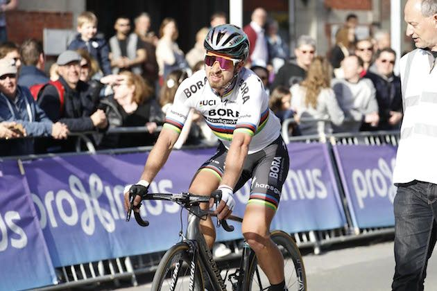 Dumoulin wins Binckbank Tour, Stuyven claims final stage