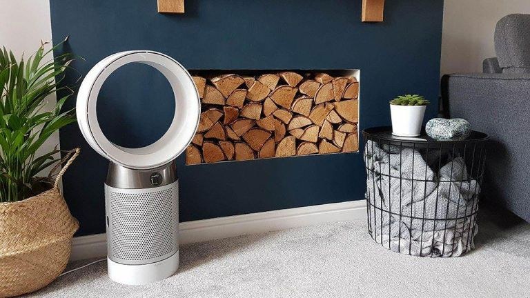 the best fan: Dyson Pure Cool Desk DP04 Air Purifier