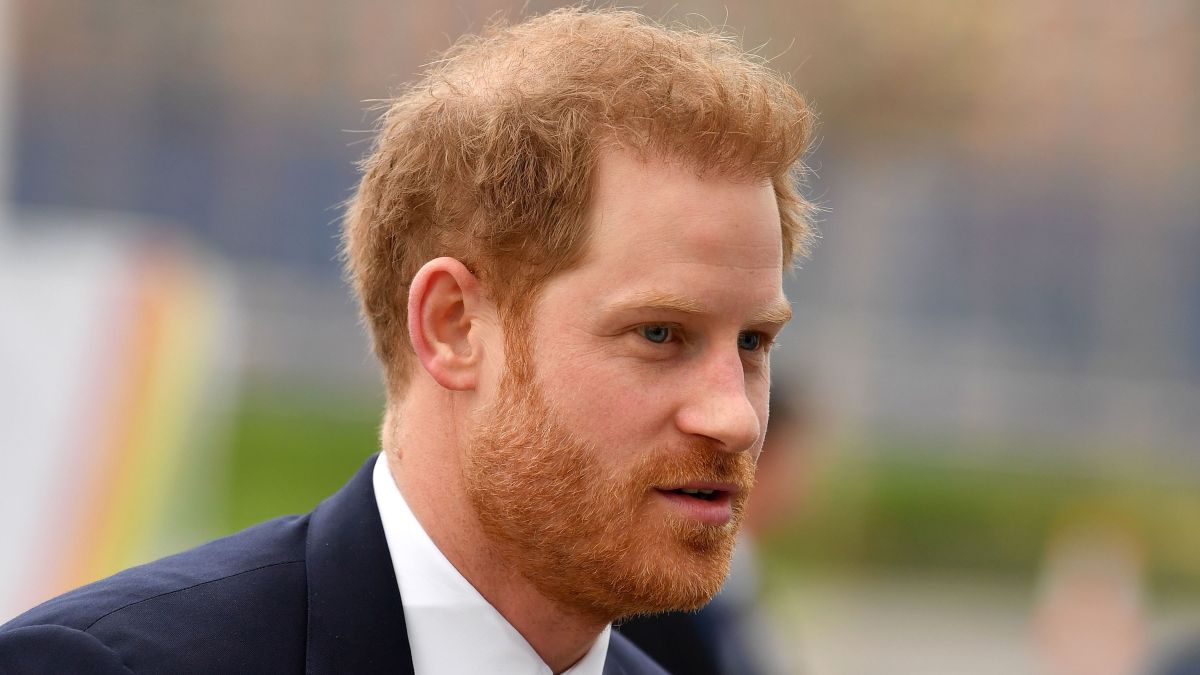 Sad loss for Prince Harry as the death of his godmother is announced