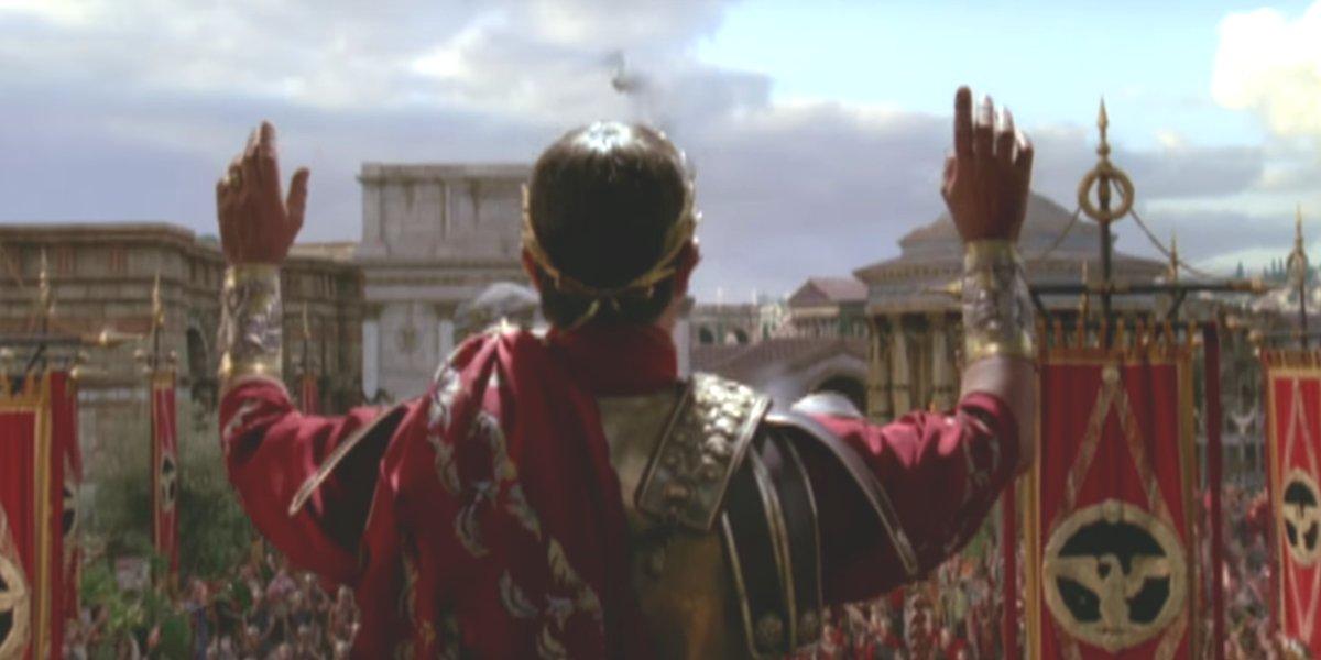 Julius Caesar making his grand entrance in Season 1 of Rome