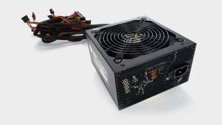 A non-modular power supply unit for PC