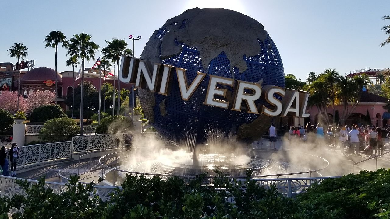 Universal Orlando Asked Fans Which Park Ride Was Their Favorite, And Of Course A Bunch Of Disney Fans Answered