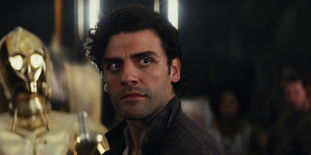 Poe Dameron stares ahead in Star Wars: The Last Jedi (2017)