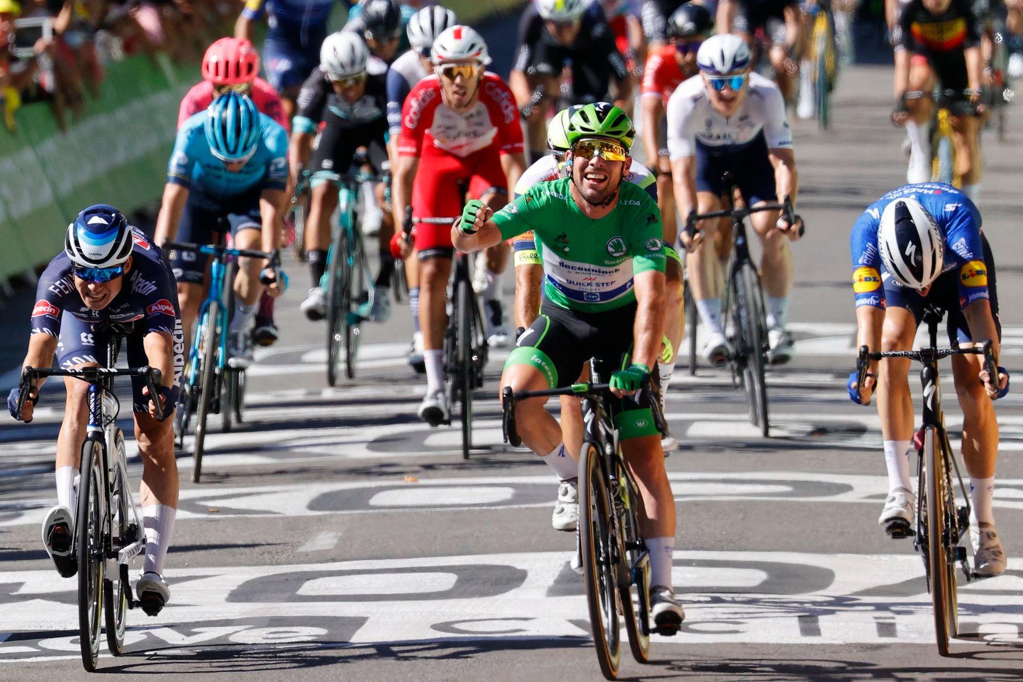 Mark Cavendish wins stage 13 of the 2021 Tour de France