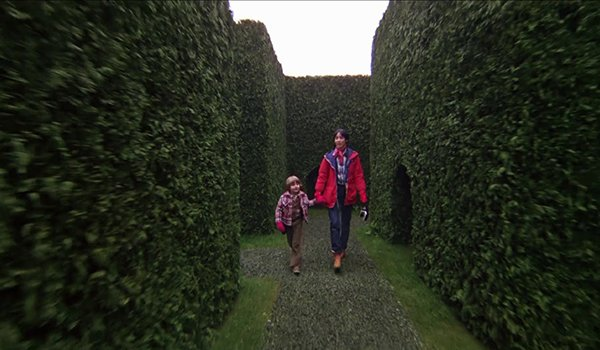 Danny and Wendy in the hedge maze in The Shining