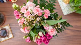 Send Mother S Day Flowers Through The Letterbox With The Best
