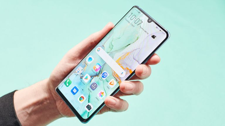 Huawei P30 Pro Android Q Donald Trump Samsung Galaxy Note 10 S11