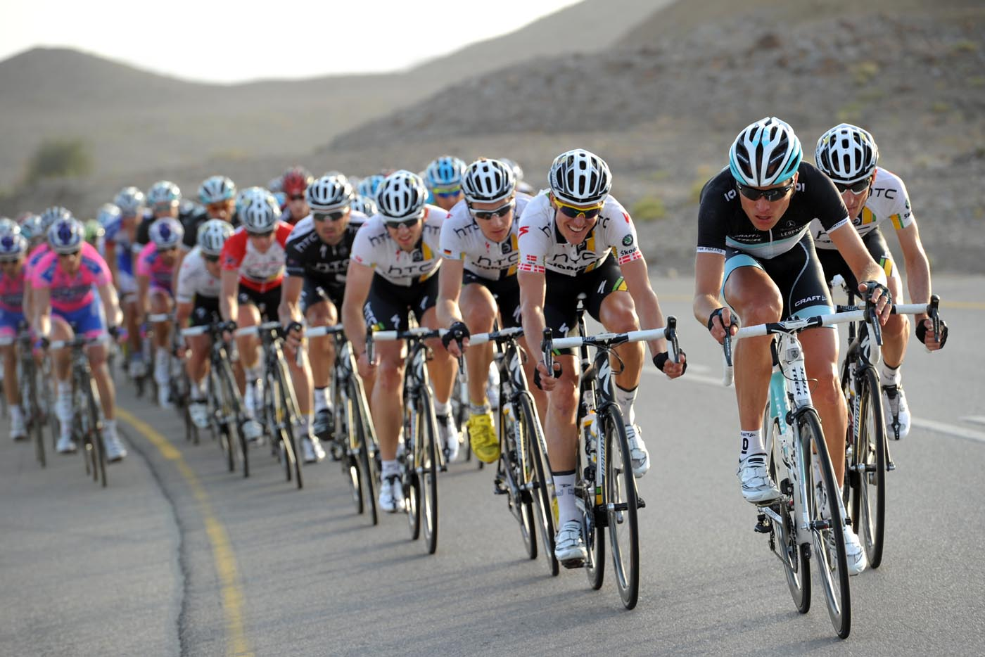 Joost Posthuma chases, Tour of Oman 2011, stage three