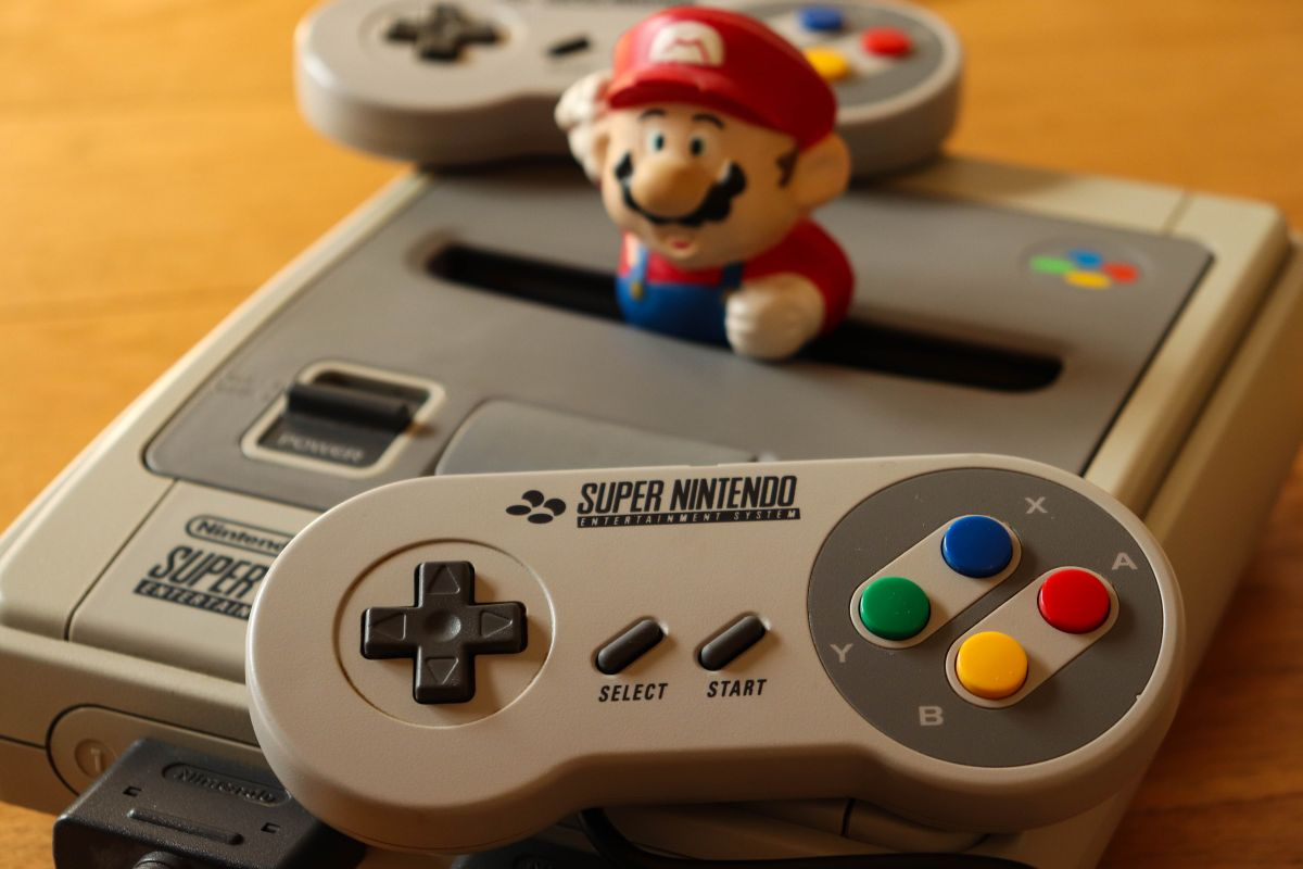 How to Hack an SNES Classic Console to Add More Games