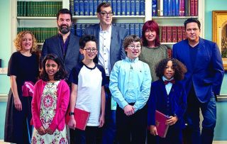 Four celebrities take on some pint-sized geniuses in a battle of the brains.