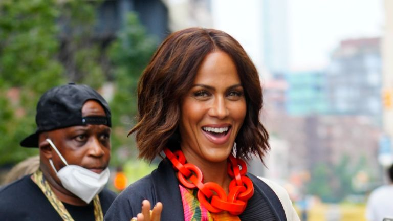 Sarah Jessica Parker's Sex and the City reboot photo of Nicole Ari Parker stunned Samantha fans