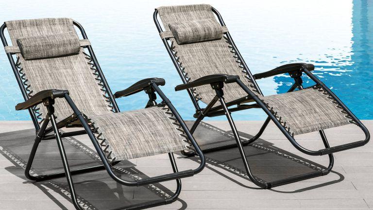Garden furniture sales: Steuben Sun Lounger Set