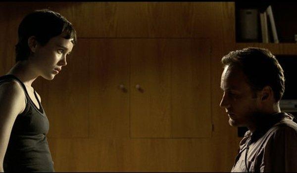 Hard Candy Ellen Page interrogates Patrick Wilson in a dim room