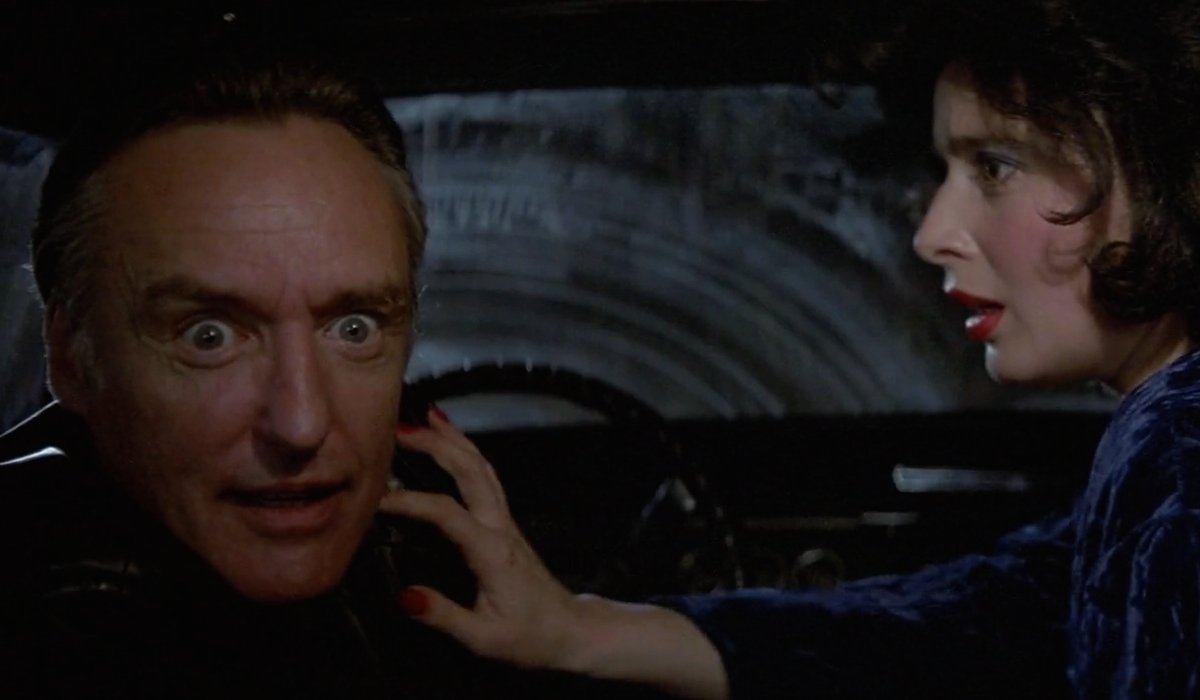 Blue Velvet Dennis Hopper looks crazed as Isabella Rossellini looks on in horror