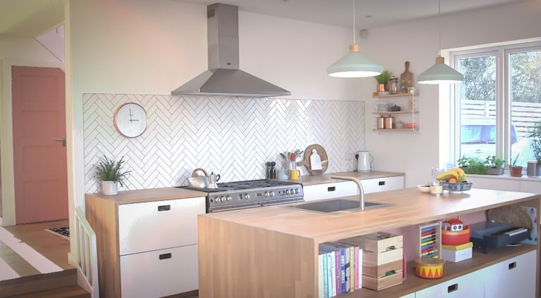 Scandi home style: Inside an interior stylist\'s home | Real Homes