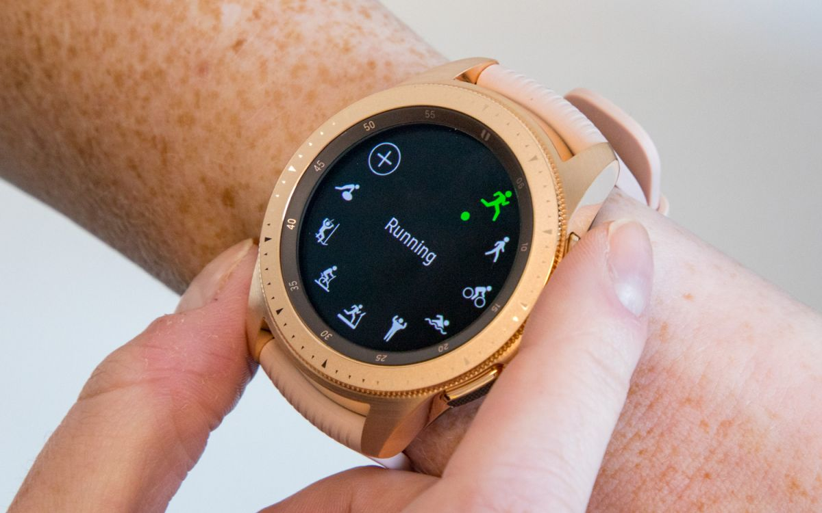Samsung Galaxy Watch Hands-On: Fashion Meets Fitness | Tom's