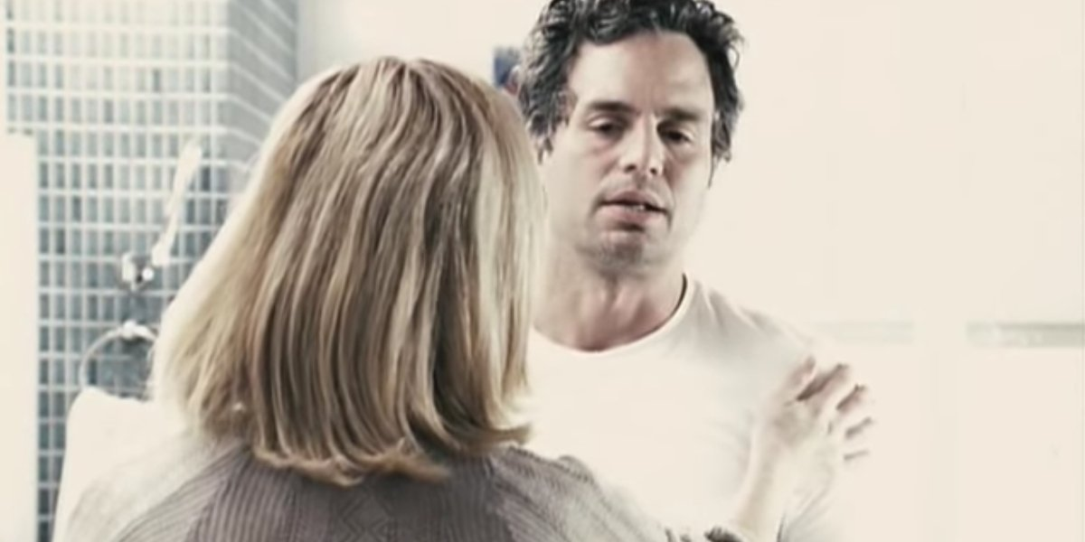 Julianne Moore and Mark Ruffalo in Blindness