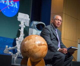 Charles Bolden Speaks at Curiosity First Anniversary Charles Bolden Speaks at Curiosity First Anniversary