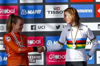 Annemiek van Vleuten and Anna van der Breggen on the podium in Yorkshire