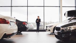 How to refinance a car (and why does it help you?)