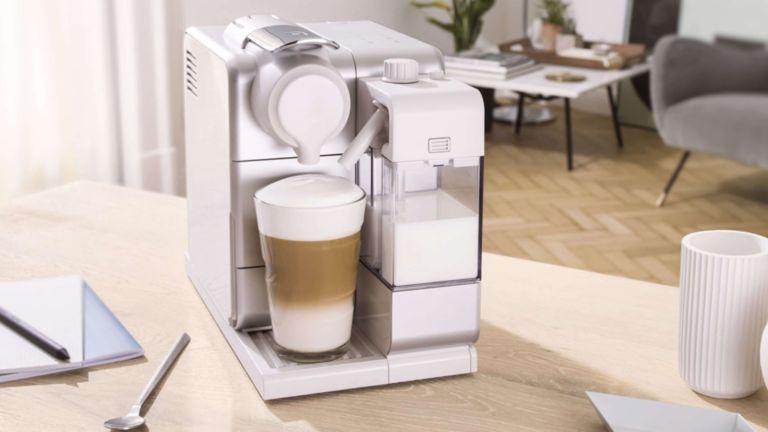 Black Friday De'Longhi coffee machine deal