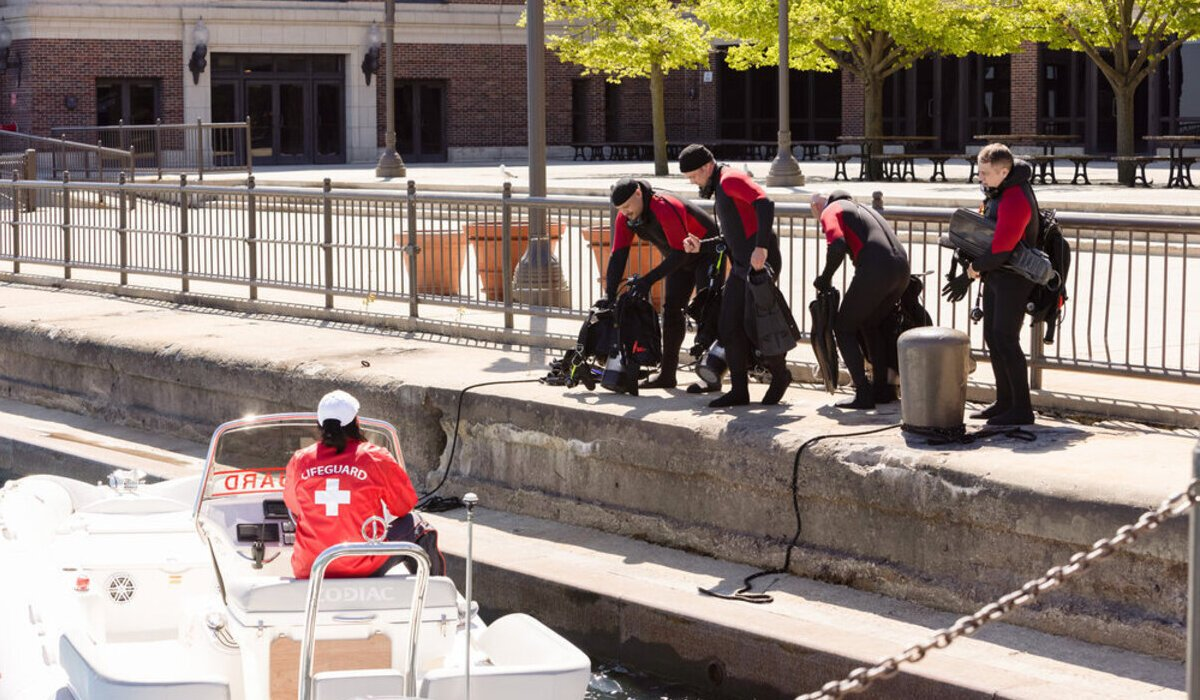 chicago fire season 9 finale squad wetsuits nbc