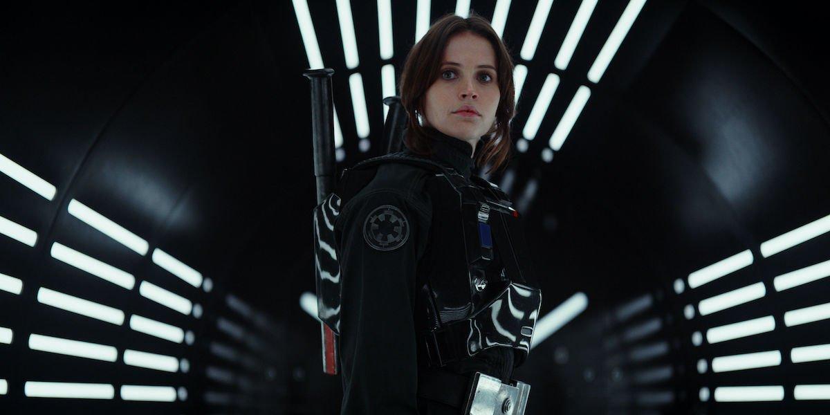 Фелисити Джонс из Rogue One раскрывает сцену, на съемку которой ушла неделя для фильма «Звездные войны»